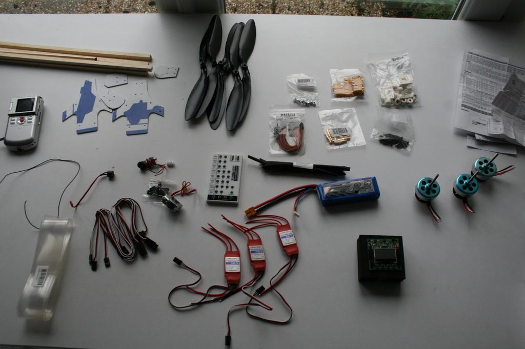 Tricopter – partie 2 – déballage