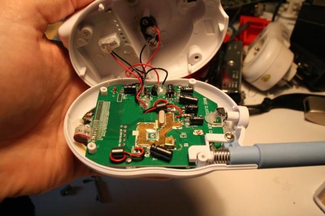 Démontage babyphone et idée de hacks