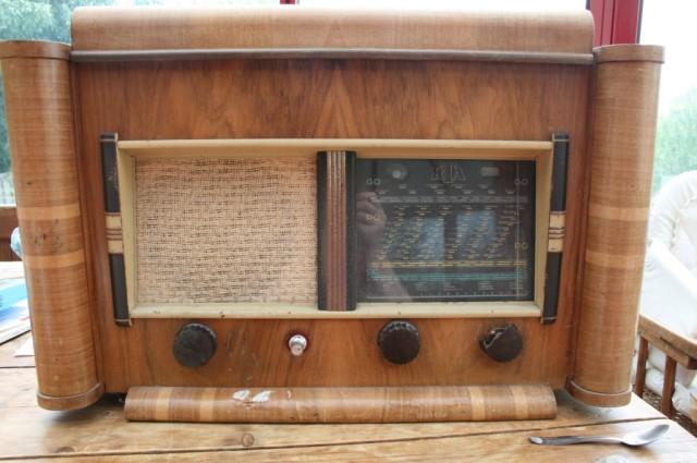 Démontage d'une veille radio avec ampli à lampes