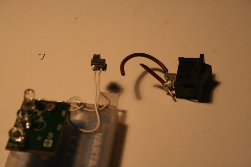 Ancien interrupteur et nouveau interrupteur.