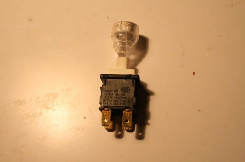 Bouton avec LED intégrée