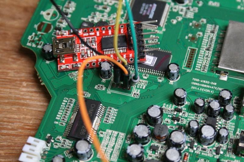 Connecteurs soudés au potentiel port série